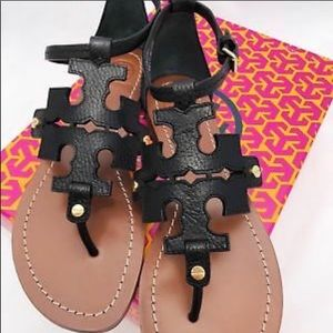 Tory Burch Shoes - NWT Tory Burch phoebe sandals